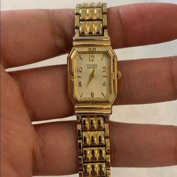 Vintage Citizen Quartz Watch with new battery.